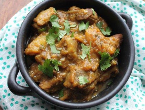 MAMANUSHKA.com    Keri Ka Do Pyaaza: Lamb Curry With Raw Mango & Fried Onions    Hyderabadi Cuisine    Easy Indian Curry    Instant Pot Indian Lamb Curry