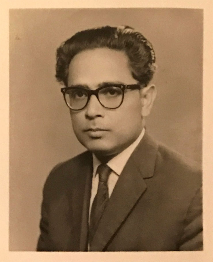 MAMANUSHKA.com || Things Parents Say || Hina Belitz || My Glimpse Beyond Death The Year Mum & Dad Passed Away || Vintage Portrait || India
