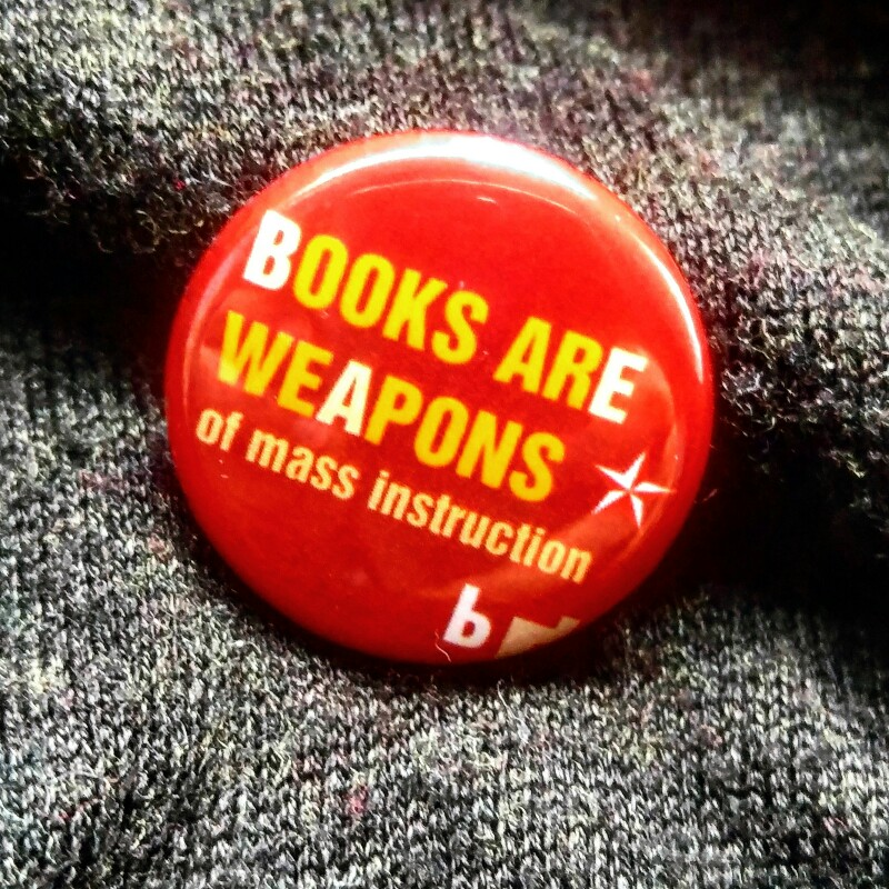 MAMANUSHKA.com || Good Books || World Book Day 2017 || Books Are Weapons Of Mass Instruction || WBD BUTTON || WBD BADGE
