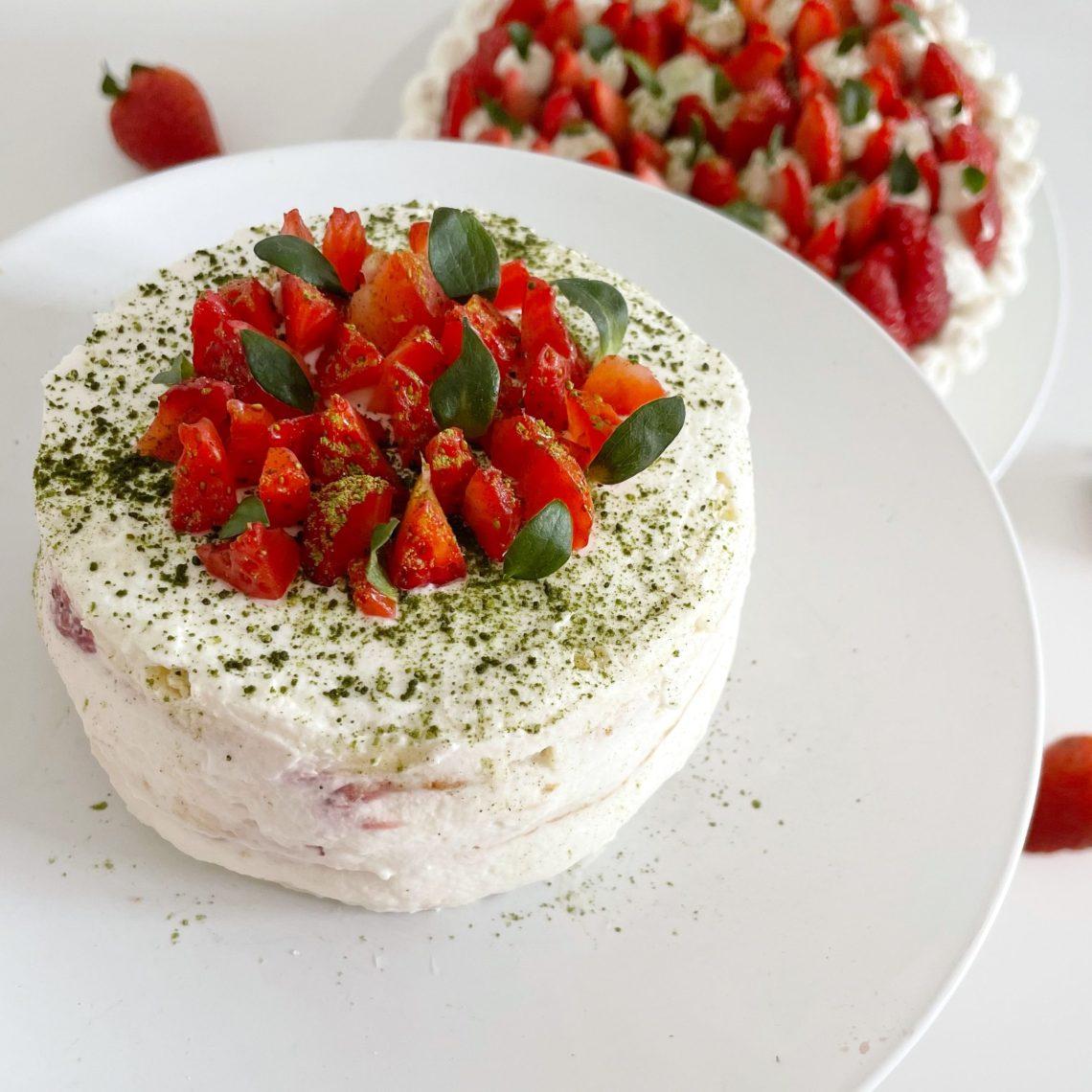 layer cake fraise matcha et chocolat blanc