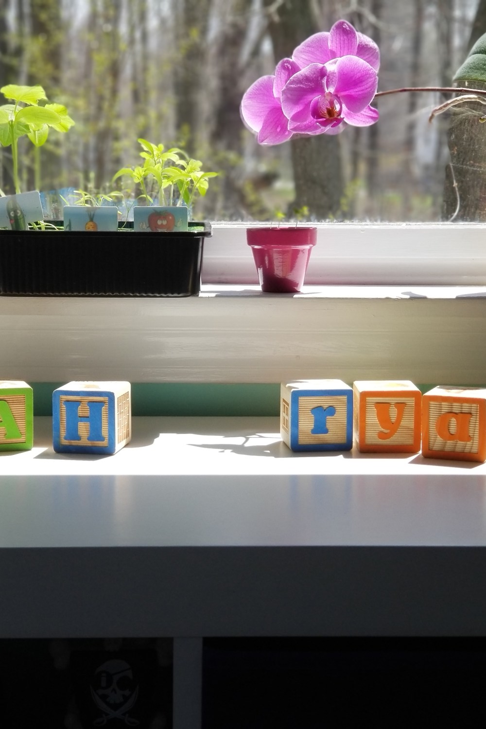 Mama of Both Worlds - Favorite things in our Playroom