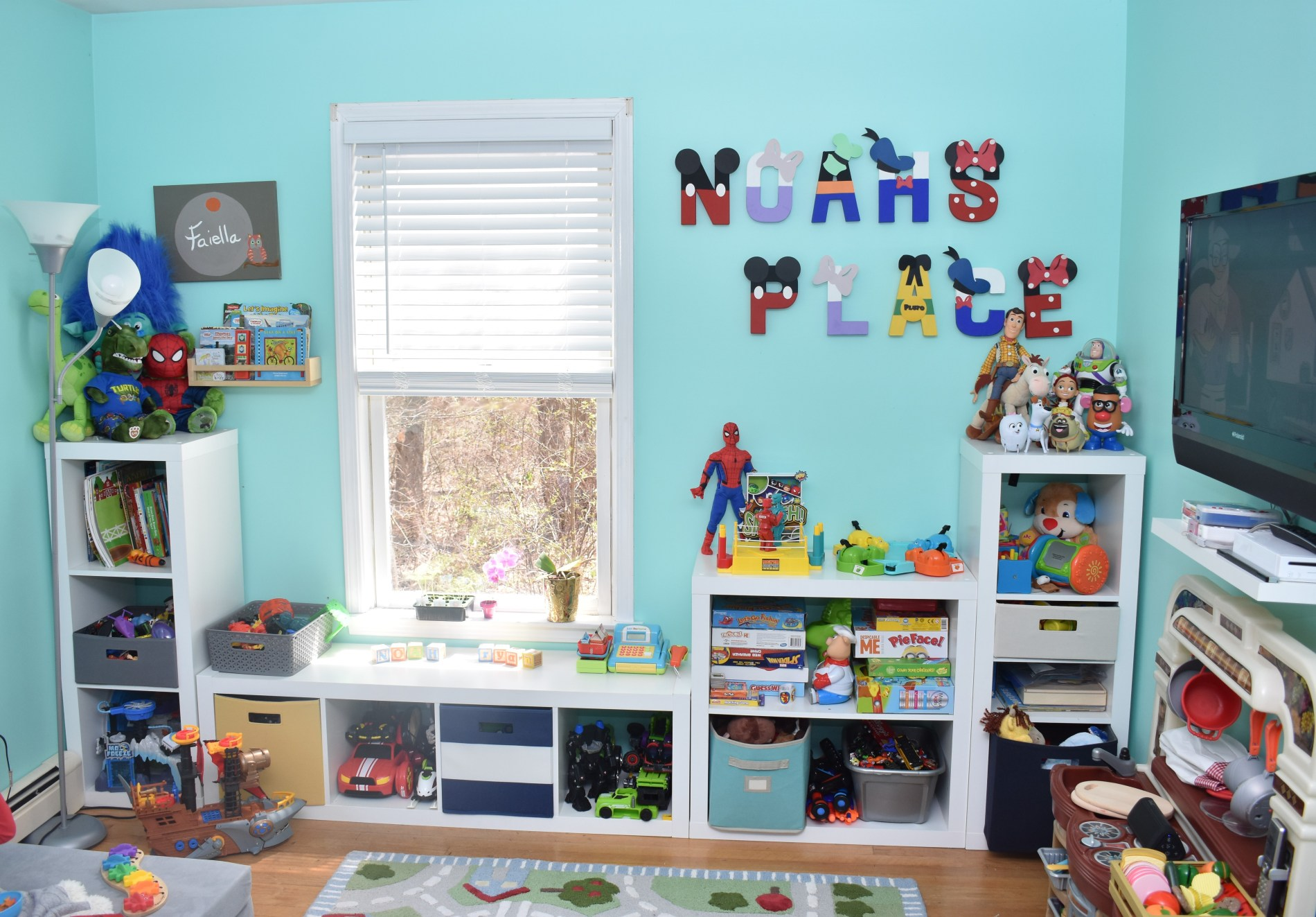 Mama of Both Worlds - Our Playroom