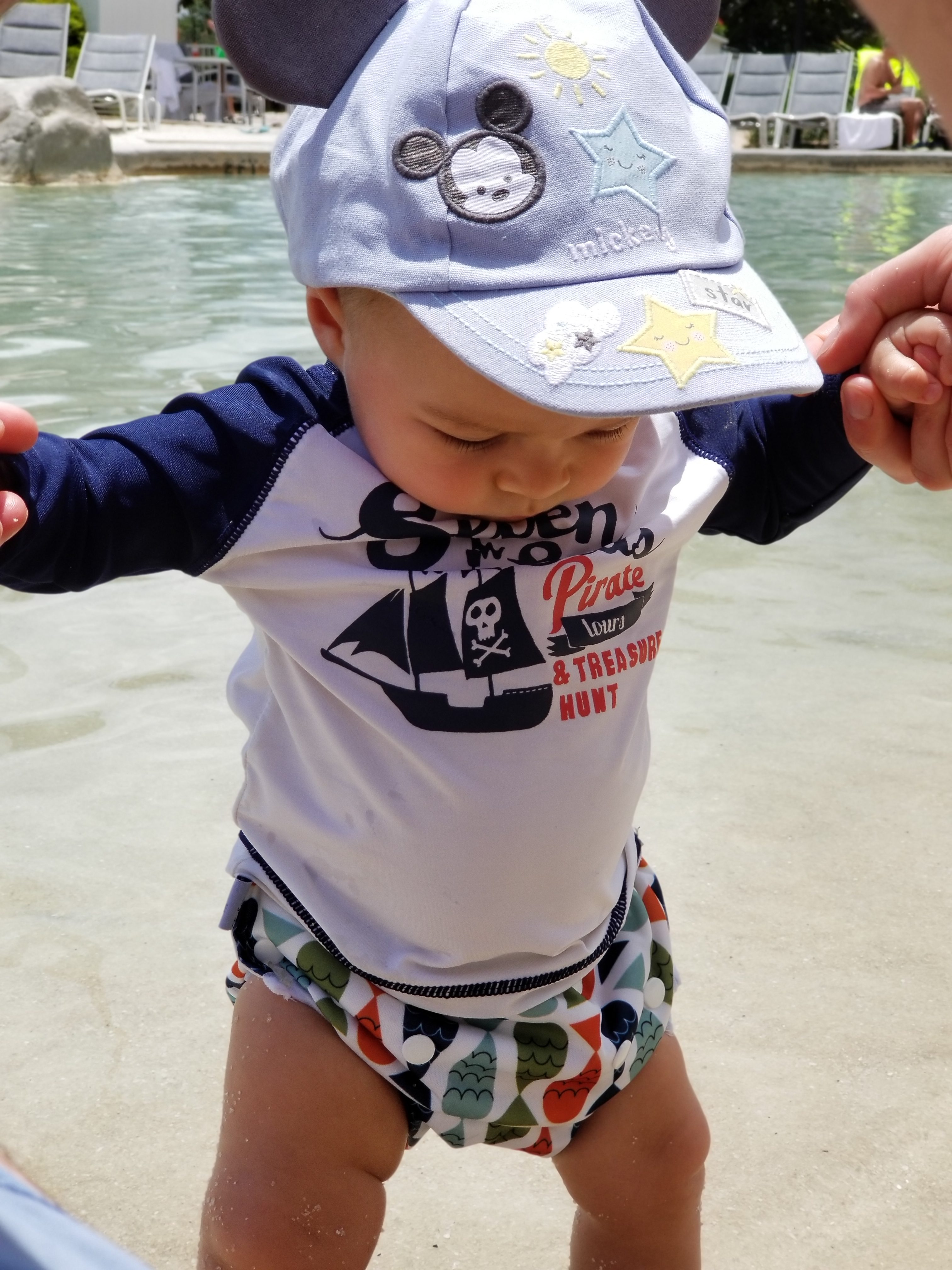 Mama of Both Worlds: How to do DIsney World with an Infant and not be Pooped