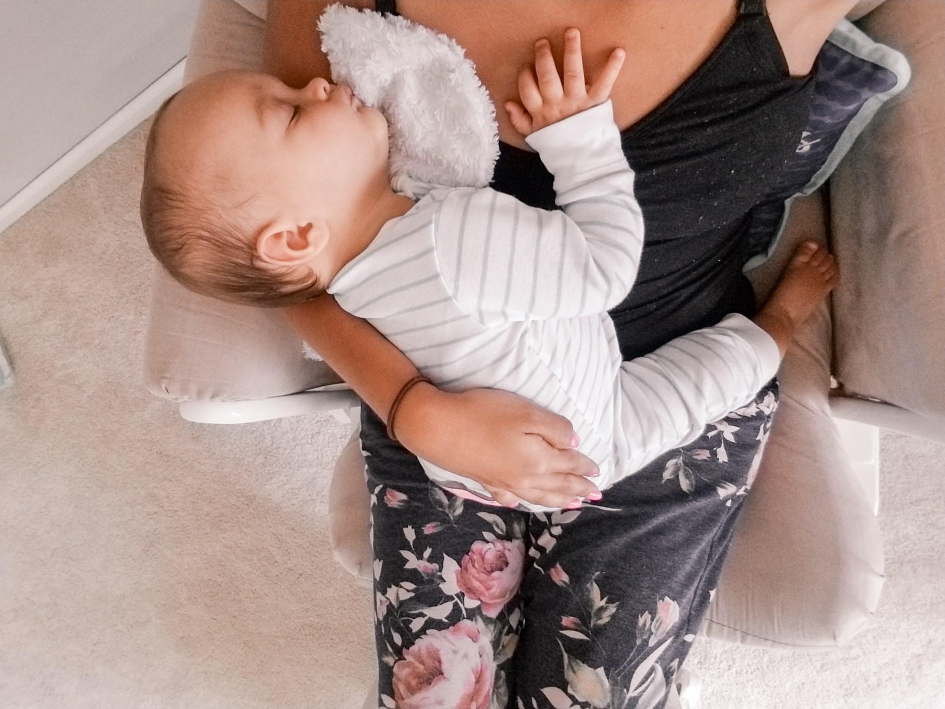 Mama of Both Worlds: Breastfeeding Journey