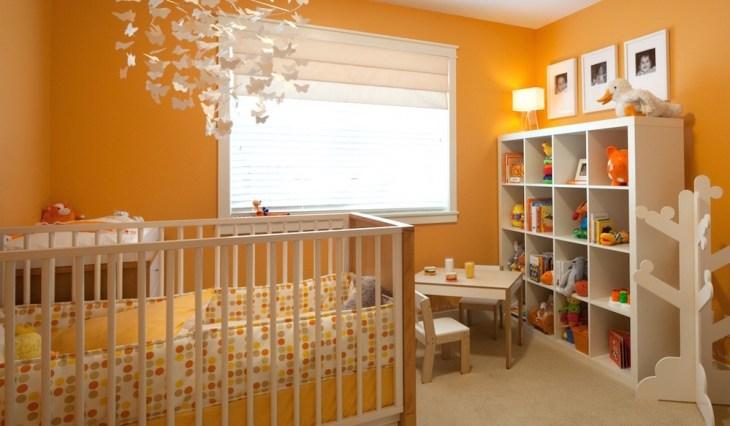 narandžasta soba za bebe