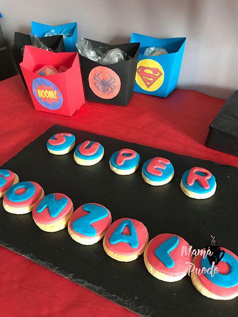 galletas para una fiesta de superhéroes