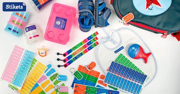 etiquetar objetos y ropa con stikets