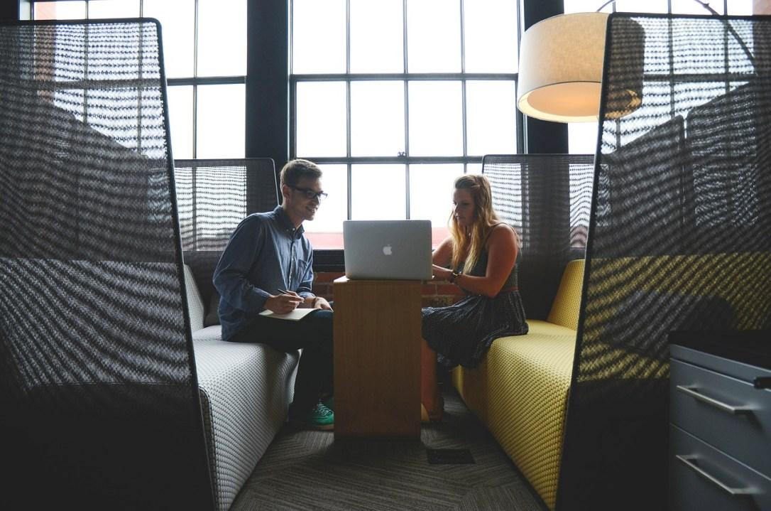 La escasez de salas de reuniones lleva reunirte en los lugares más insospechados