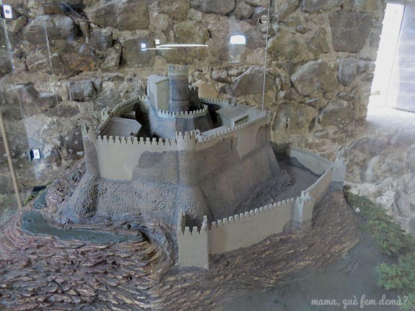 castell_montsoriu16