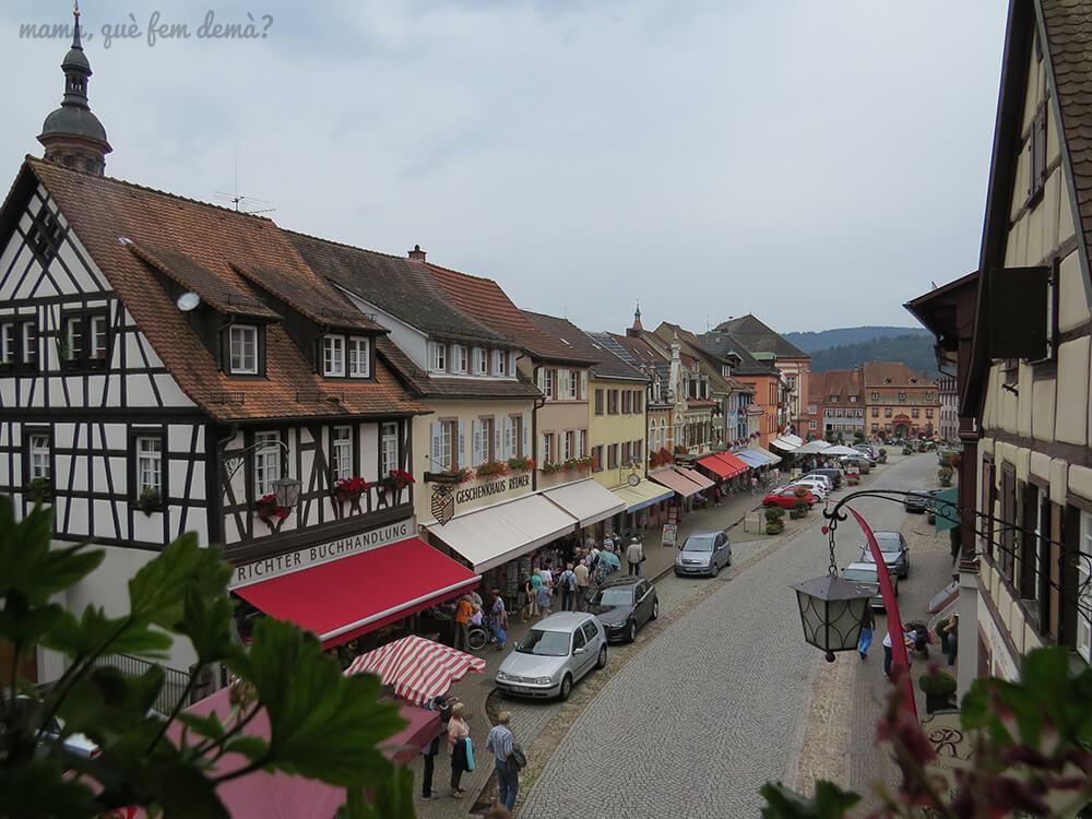 Vistas de la calle principal desde la Torre Obertorturm en gengenbach