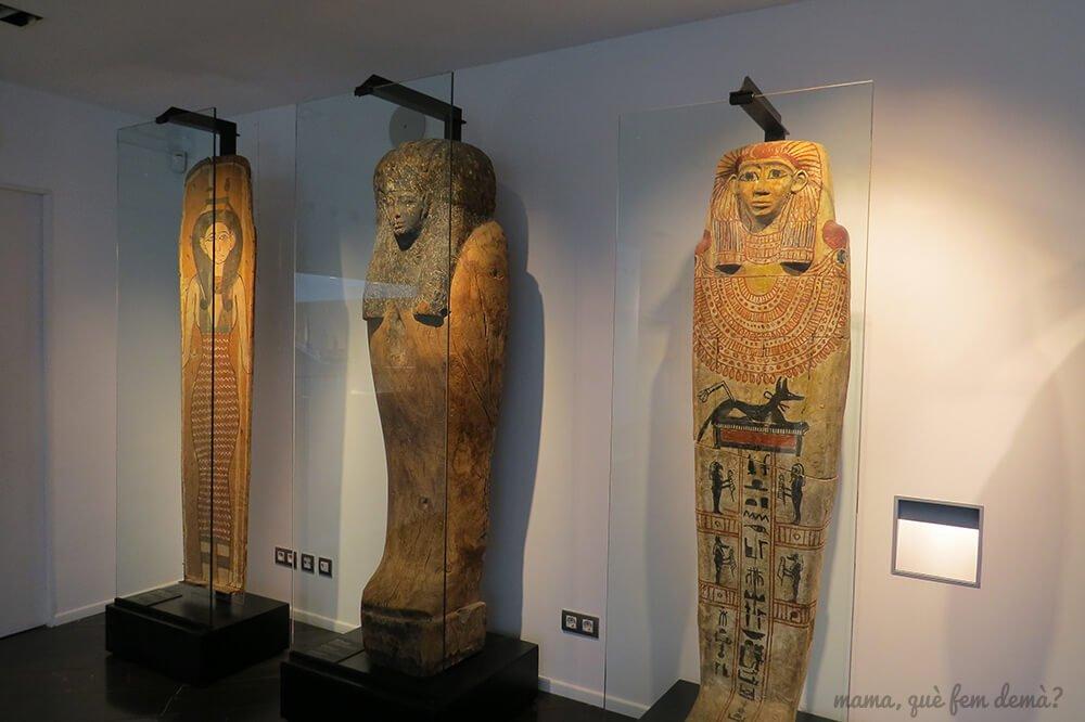 exposición de momios del Museu Egipci de Barcelona