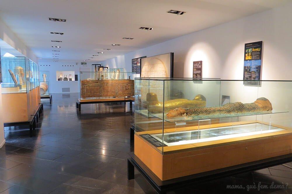 exposición de momias del Museu Egipci de Barcelona