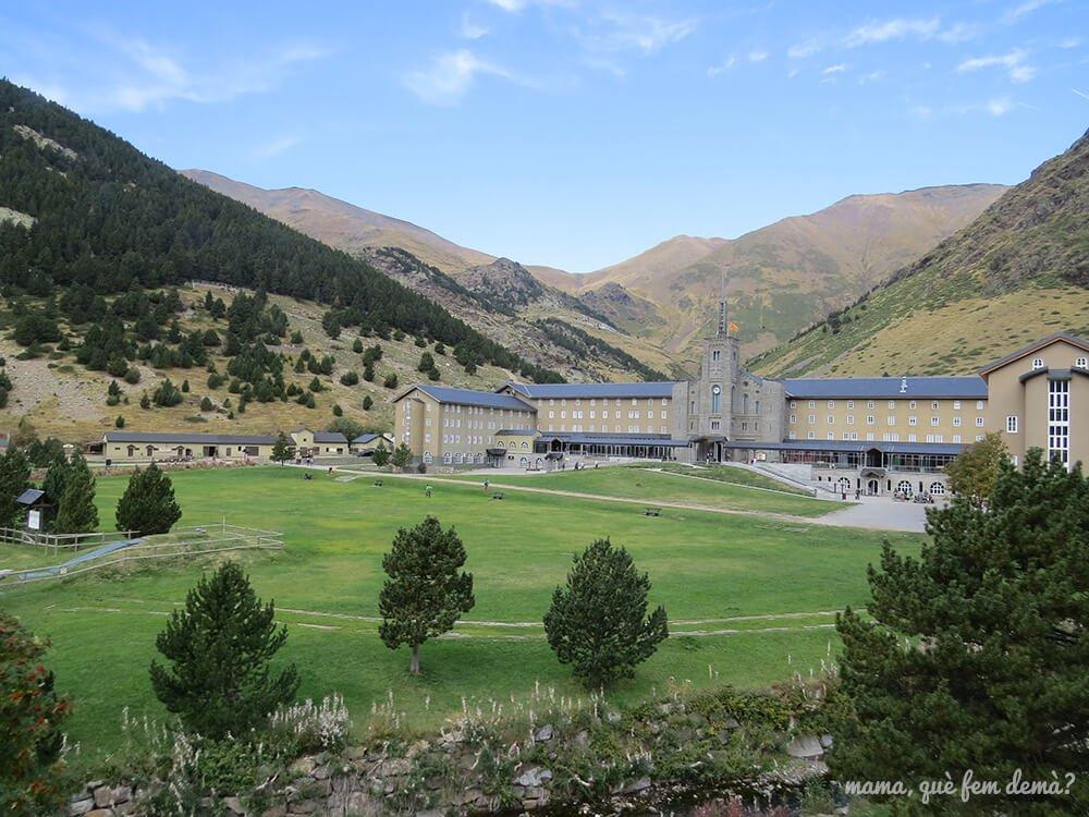 Vistas de la Vall de Núria desde el Tren Cremallera