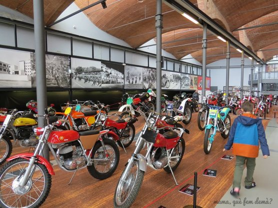 """Exposición de motos """"Viva Montesa"""""""