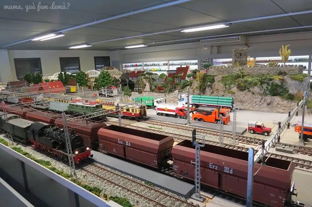 Maqueta de tren a mayor escala