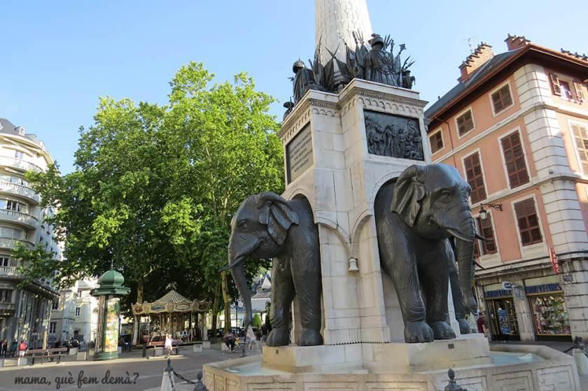Fontaine des Eléphants, Fuente de los elefantes de Chámbery