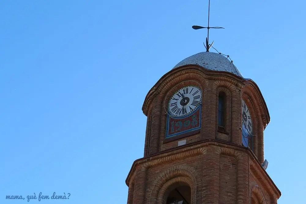 Campanario de la iglesia de Santa María de Ullastrell