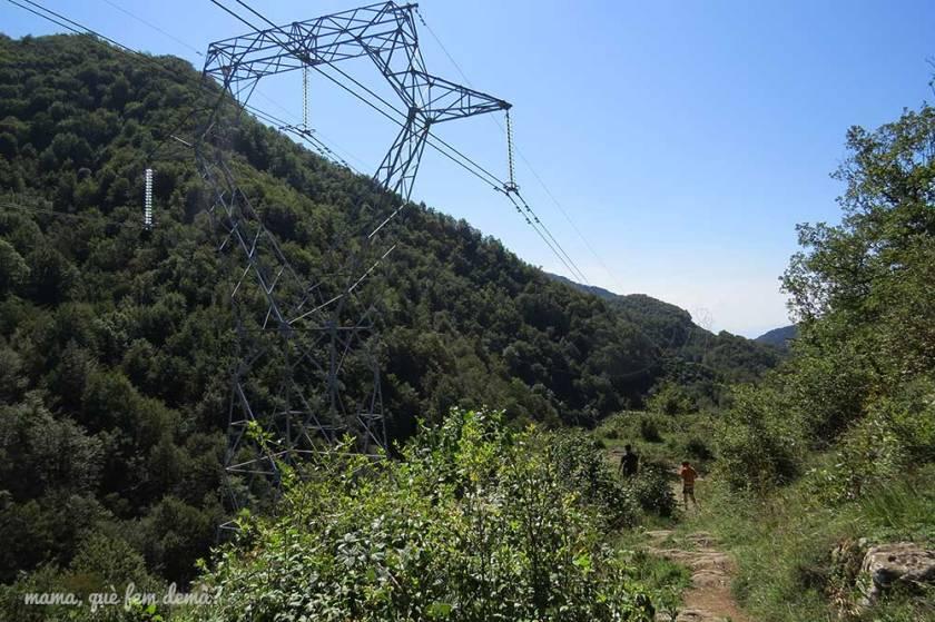 Torre eléctrica en Vidrà