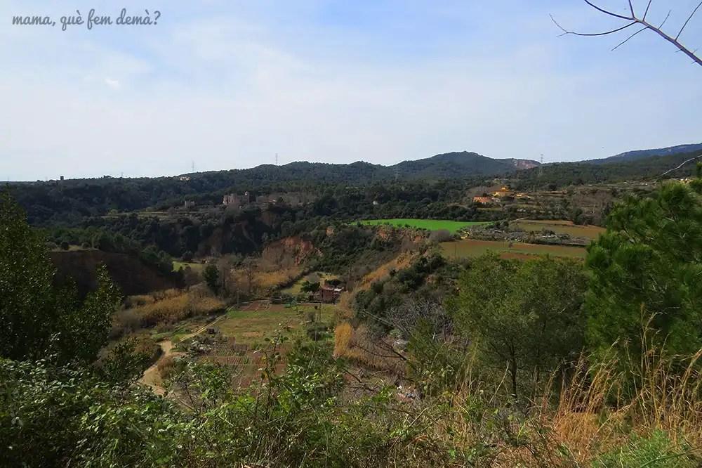 Vistas del Castell de Clasquerí y Castellar Vell desde Castellar del Vallès