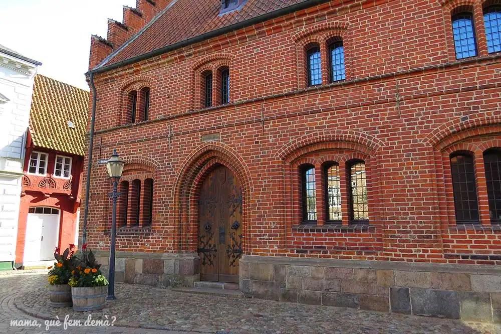 exterior del Antiguo Ayuntamiento de Ribe