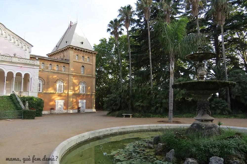 Exterior del palacio del Parc Samà