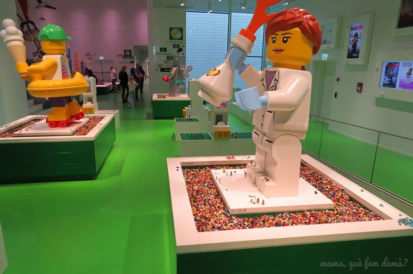 crea tu minifigura en Lego House
