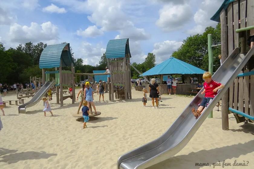 parque infantil en Givskyd Zoo