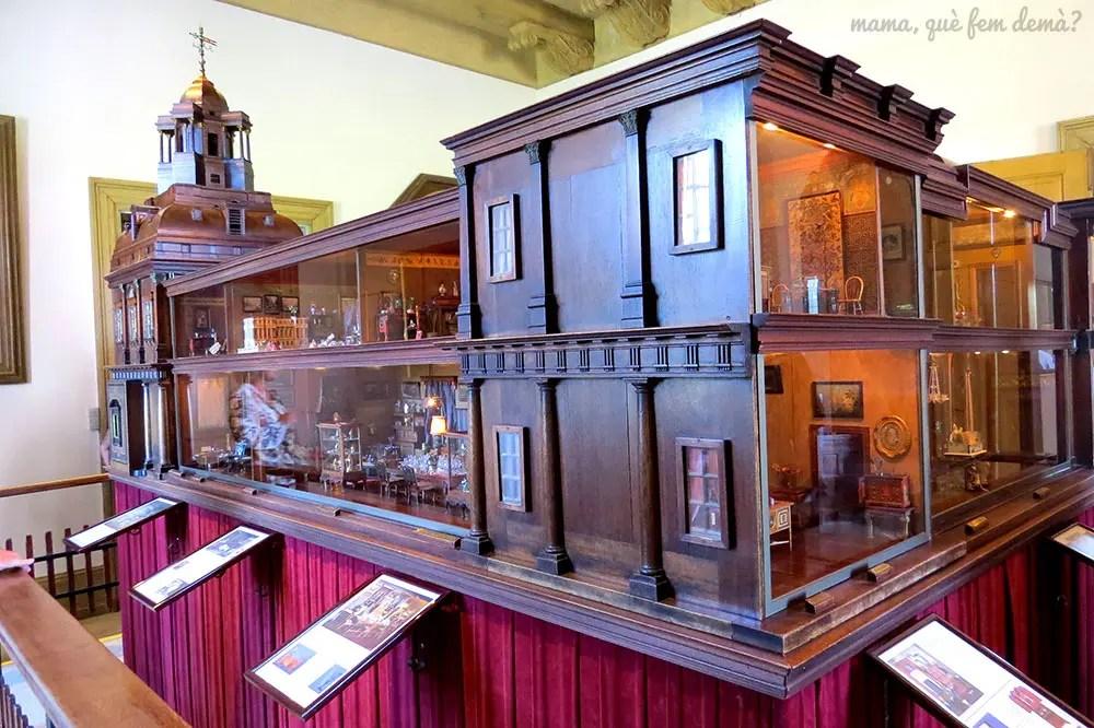 casa de muñecas en el interior del Castillo de Egeskov