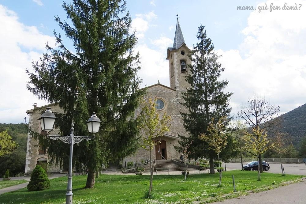 Exterior del Santuario de Lourdes de la Nou del Berguedà