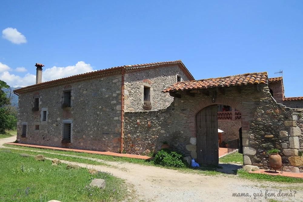Exterior de la Masia Cal Pastor de Santa Maria de Palautordera