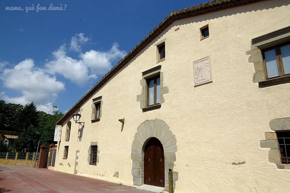 Fachada de la Masia Cal Regull de Santa Maria de Palautordera