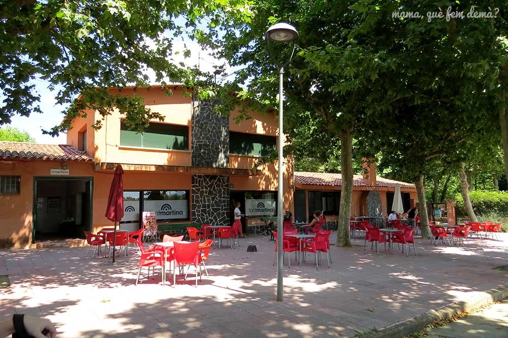 Terraza del restaurante Fontmartina de Santa Maria de Palautordera