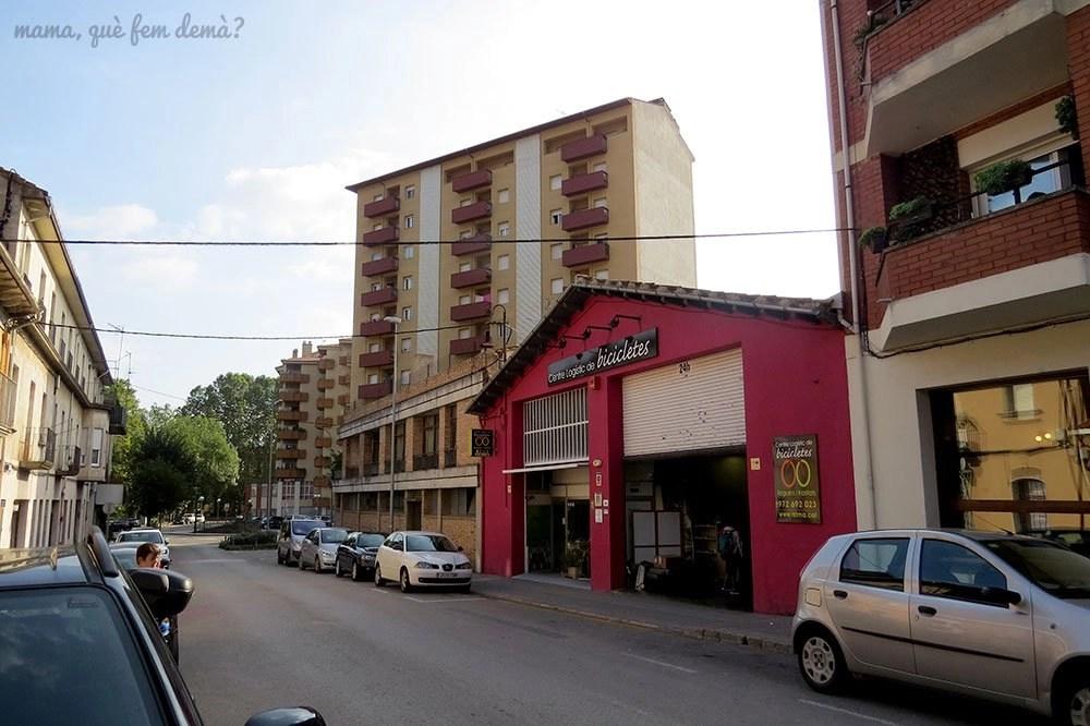 exterior de ATMA–Centre Logístic de Bicicletes en Olot