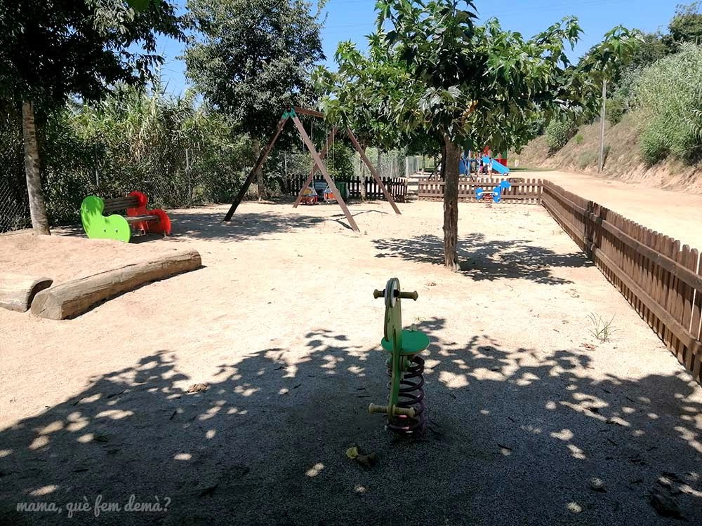Parque infantil de la Flama de Canyamars
