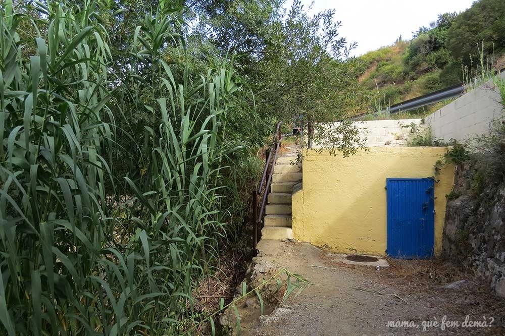 Caseta de depósito de aguas en el Camí del Rec de la Selva del Camp