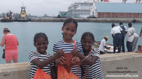 Reasons We Travel - Sisters making memories