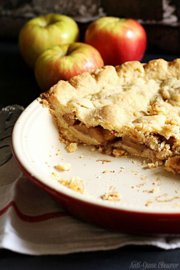 homemade-apple-pie-hot-chocolate-recipe-kraft-baking-3