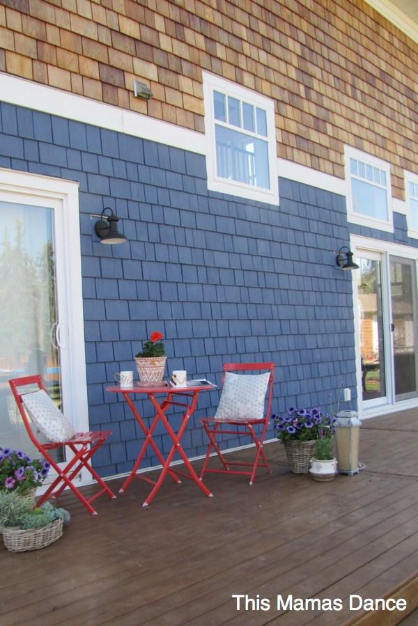 lakehouse deck