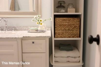 cottage bathroom detail