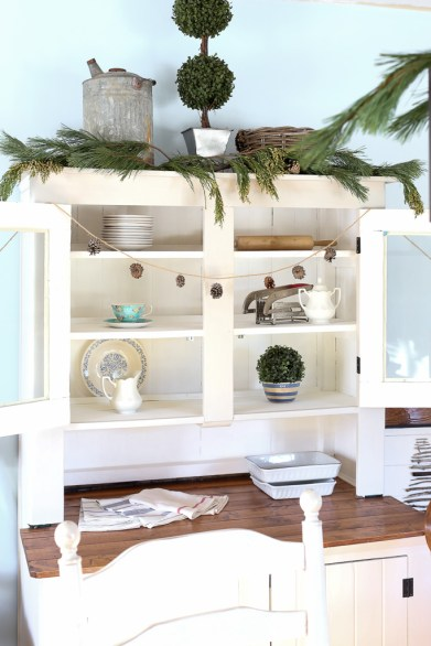 Decorating with Fresh Greens| This Mamas dance-2