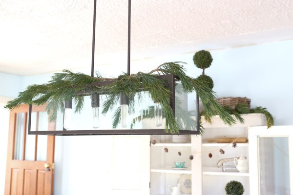 Decorating with Fresh Greens| This Mamas dance-4