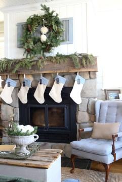 Lake House Christmas Mantel-1
