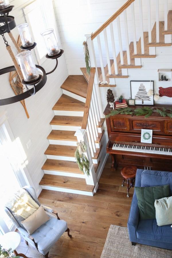 Oak stairs, white riser-1