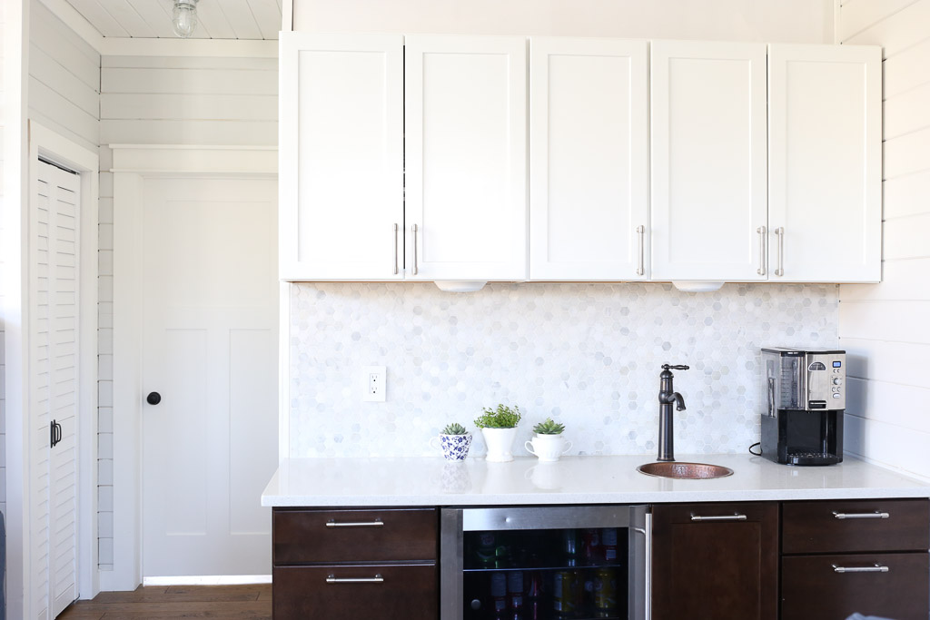 White Upper Cabinets, Dark Wood Lower Cabinets|This Mamas Dance 1