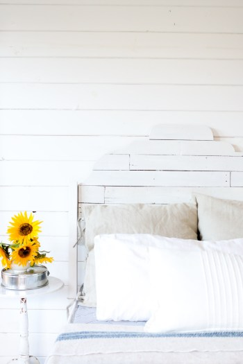 scallop-shiplap-bed-via-this-mamas-dance-8