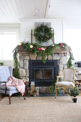 classic-christmas-mantle-this-mamas-dance-1
