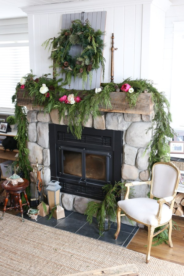 Rustic Glam Christmas Mantel | via Ashlea of This Mamas Dance