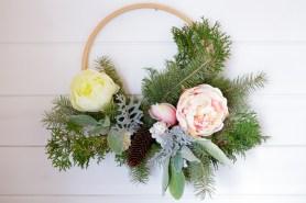 Hoop Wreath Tutorial, Simple Winter Wreath | via Ashlea of This Mamas Dance-12