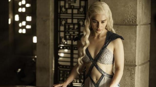 Madres en Serie: Madre Sólo Hay Una... de Dragones