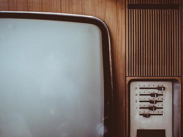 series televisión ocio niños adultos